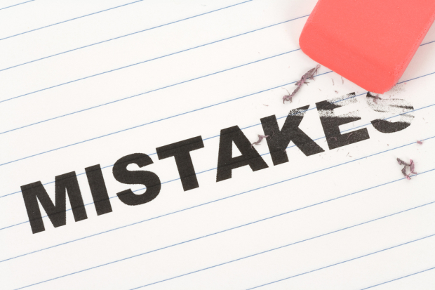 mistakes 620x413 Avoiding Common Online Training Content Mistakes