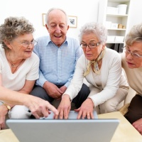 Home » Internet » 6 Myths Your Parents (or Grandparents) Still Believe About the Internet 6 Myths Your Parents (or Grandparents) Still Believe About the Internet